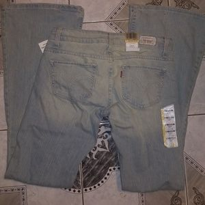 Levis 524 Too Superlow Flare Stretc Jeans Jr. NWT